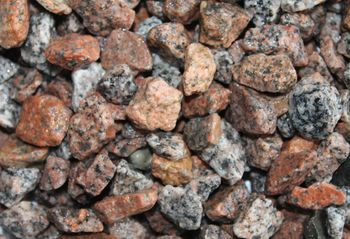 Decorative crushed stone, red 6-18mm